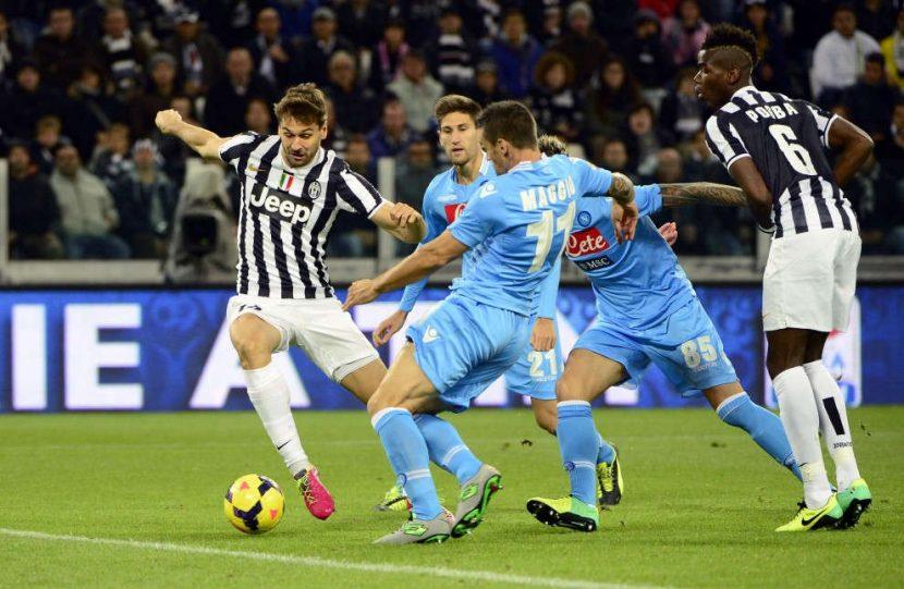 Наполи побеждает Ювентус, но вылетает из Кубка Италии